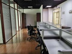 丰台区西客站 六里桥 国投财富广场 精装办公室出租 紧邻地铁