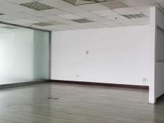 CBD商务区精装183平高区电梯口单价1.5元地铁