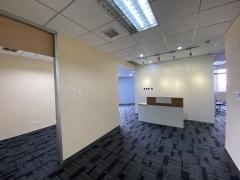 市北 精装修 320平 有会议室 高层视野好