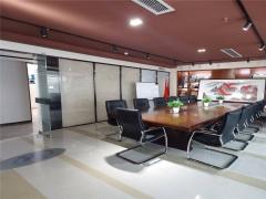 崂山区 白金广场116平精装修办公室  临近地铁口