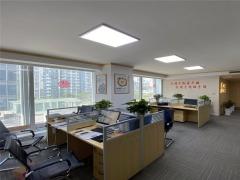 崂山区 出版大厦 180平精装修办公室 近地铁口
