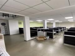 崂山区 天泰金融广场 270平精装修办公室 近地铁