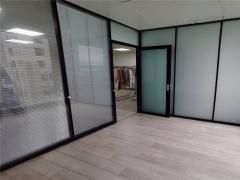 崂山区 天泰金融广场 110平精装修 户型方正 近地铁