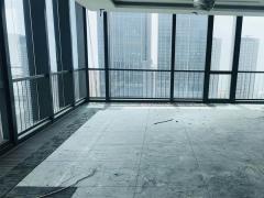 华润 东南向 海景 临万象城地铁口  户型方正  电梯口位置
