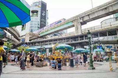 曼谷买房,离地铁5分钟和10分钟完全是两个概念我爱我家